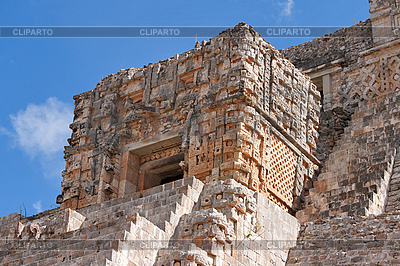 Maya-Pyramide in Uxmal, Mexiko | Foto mit hoher Auflösung |ID 3015722
