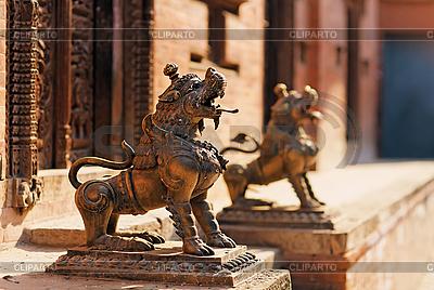 Löwen-Monster-Statuen, Bhaktapur, Nepal | Foto mit hoher Auflösung |ID 3016987