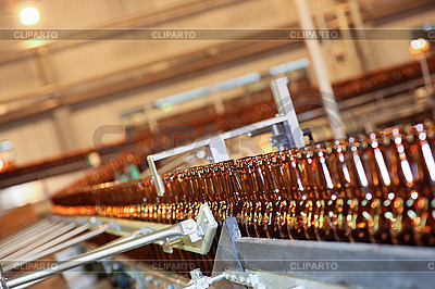 Conveyor line with many beer bottles | High resolution stock photo |ID 3017143