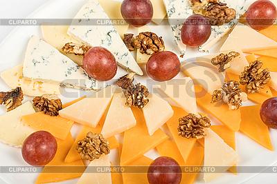 Käse und Weintrauben | Foto mit hoher Auflösung |ID 3018794