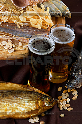 啤酒和小吃集 | 高分辨率照片 |ID 3027491