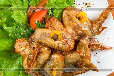 Pieczony kurczak skrzydło | Foto stockowe wysokiej rozdzielczości |ID 3028626