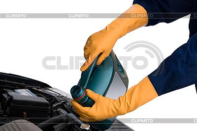 Napełnianie olejem | Foto stockowe wysokiej rozdzielczości |ID 3029472