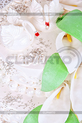 Wedding cake with swans   High resolution stock photo  ID 3036228