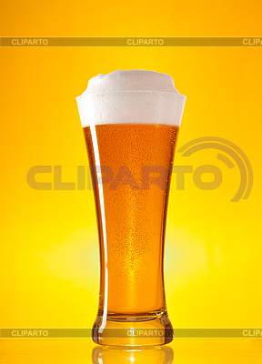Full glass of beer with froth  | High resolution stock photo |ID 3019994