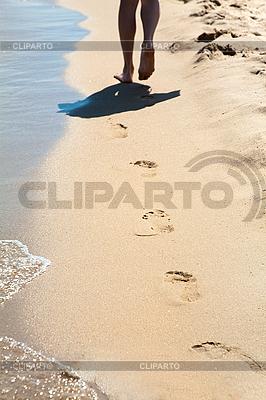 모래에 발자국 | 높은 해상도 사진 |ID 3020497