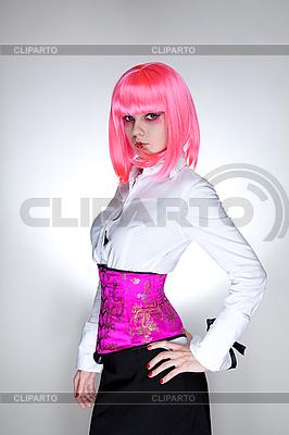 Młoda kobieta ubrana w gorset orientalnej   Foto stockowe wysokiej rozdzielczości  ID 3022194