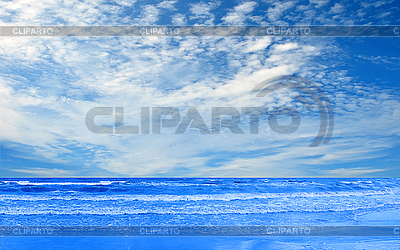 Ocean and perfect blue cloud sky    High resolution stock photo  ID 3019812