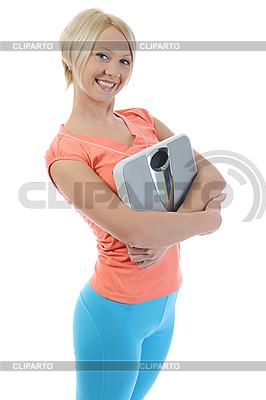 Schlanke Frau mit Waagen | Foto mit hoher Auflösung |ID 3021664