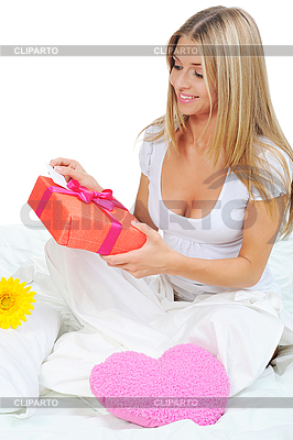 Young woman with gift box | High resolution stock photo |ID 3021907