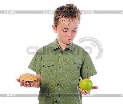Kleiner Junge mit Hamburger und Apfel | Foto mit hoher Auflösung |ID 3021931