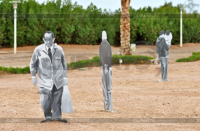 Menschliche Figuren aus Sperrholz | Foto mit hoher Auflösung |ID 3103811