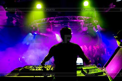 DJ音乐会 | 高分辨率照片 |ID 3284736