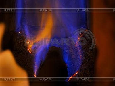 Gaz ziemny jest palenie | Foto stockowe wysokiej rozdzielczości |ID 3064185