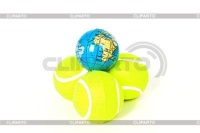 Tennisbälle und Globus | Foto mit hoher Auflösung |ID 3095539