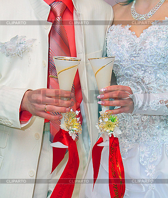 Glasses of champagne in hands of groom and fiancee | High resolution stock photo |ID 3040858