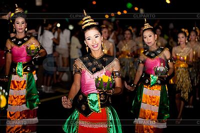 Thai tradycyjny taniec | Foto stockowe wysokiej rozdzielczości |ID 3056418