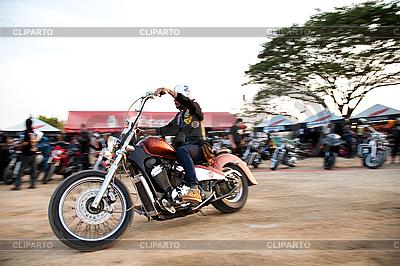 Biker on chopper | Foto stockowe wysokiej rozdzielczości |ID 3056659
