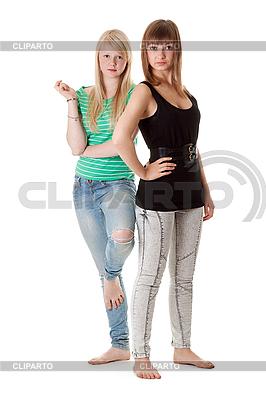 청바지에 두 여자 | 높은 해상도 사진 |ID 3066395