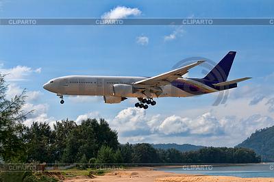 Passagierflugzeug über Strand | Foto mit hoher Auflösung |ID 3339129