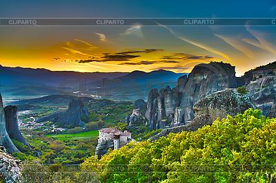 Klasztory na skałach, Meteory, Grecja | Foto stockowe wysokiej rozdzielczości |ID 3049874