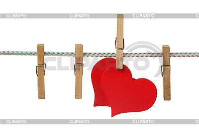 Czerwone serce na sznurku | Foto stockowe wysokiej rozdzielczości |ID 3060691