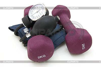 Stethoskop und Hantel | Foto mit hoher Auflösung |ID 3067538