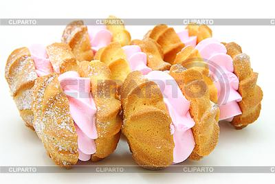 Żółte ciasteczka z różowym nadzieniem | Foto stockowe wysokiej rozdzielczości |ID 3068665