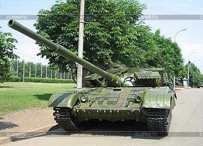 Alte Militärtechnik auf dem Parkplatz in ein Museum Russland Moskau | Foto mit hoher Auflösung |ID 3103174