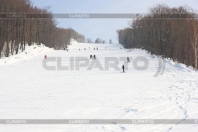 Skifahrer gehen zum Berg | Foto mit hoher Auflösung |ID 3174956