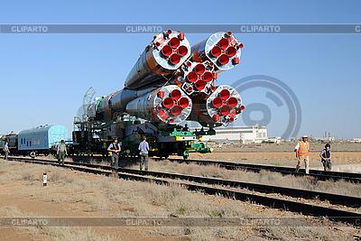 Sojus-Trägerrakete Rollout | Foto mit hoher Auflösung |ID 3106269