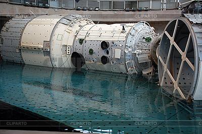 ISS Mockup ist Absteigend | Foto mit hoher Auflösung |ID 3115759
