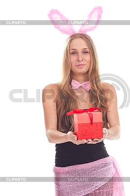 Девушка, одетая, как кролик с подарком | Фото большого размера |ID 3092607