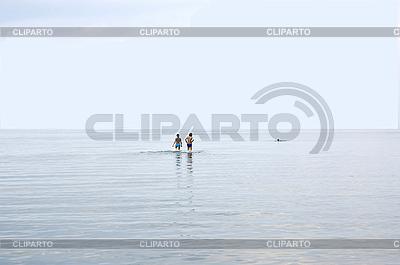 Wypoczynek na Zatoce Ryskiej w Jurmala | Foto stockowe wysokiej rozdzielczości |ID 3120528