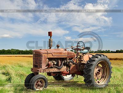 Старинный трактор | Фото большого размера |ID 3166536