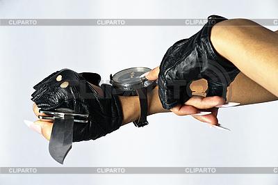 Ręka i kompas | Foto stockowe wysokiej rozdzielczości |ID 3128779