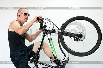 Bicyclist | High resolution stock photo |ID 3329103