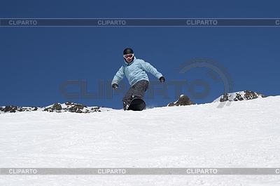 Snowboarder Hang hinunter | Foto mit hoher Auflösung |ID 3222529