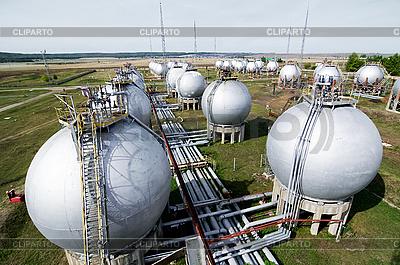 Fertige Erzeugnisse Tanks | Foto mit hoher Auflösung |ID 3170966