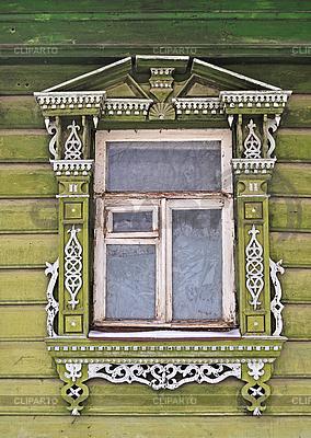 старинные окна с узорами фото