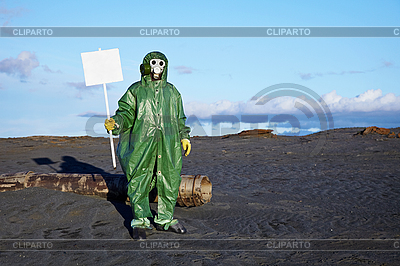 Man in overalls holding white plate | High resolution stock photo |ID 3147018