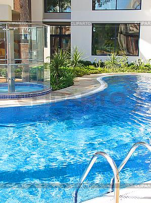 Schwimmbad im Kurhotel | Foto mit hoher Auflösung |ID 3155675