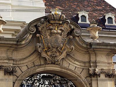 Здание с гербом в Вене | Фото большого размера |ID 3156215