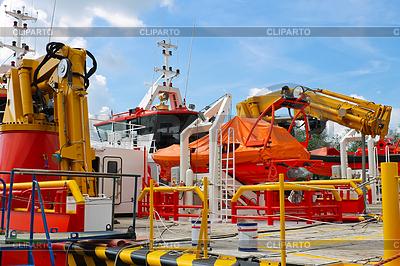 Запчасти и оборудование новых кораблей, строящихся на | Фото большого размера |ID 3375198