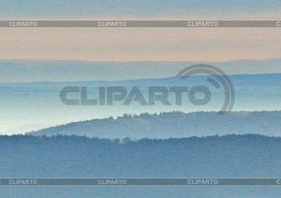 雾在山 | 高分辨率照片 |ID 3229357
