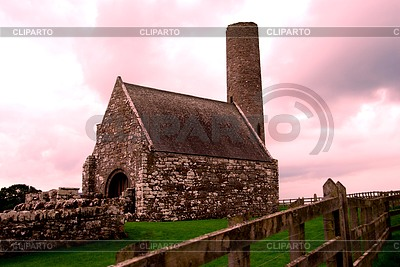 Verteidigungsturm auf Holy Island in Irland | Foto mit hoher Auflösung |ID 3232903