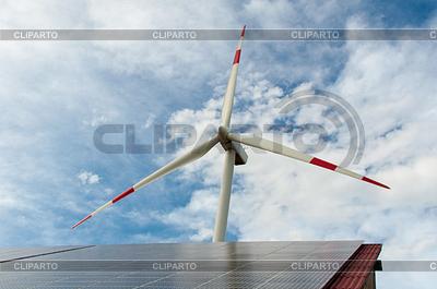 Energia odnawialna | Foto stockowe wysokiej rozdzielczości |ID 3379108